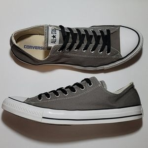 CONVERSE ALL-STAR LOWTOPS,  MENS SIZE 13 GUC
